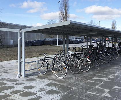 Cykeloverdækning i stål