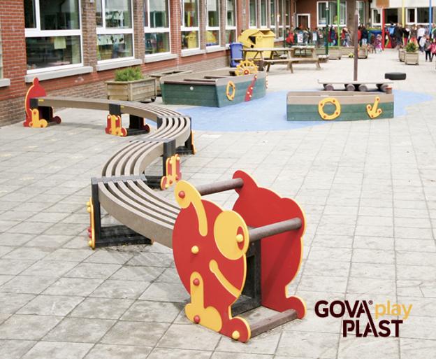 GOVA play PLAST. Vedligeholdesfrit genbrugsplast. Legeplads, skolegård, børnehave, vuggesture, park plads forhandler BY BANG